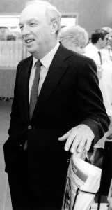 Jean Pierre Goyer - directeur du centre pénitencier saint vincent de paul en 1972 ou Jacques Mesrine s'évada